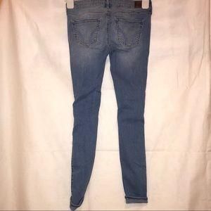 Hollister Jeans - ✨Hollister Low-Rise Super Skinny Crop Jeans✨